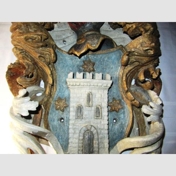 Holzwappen Adel 17. Jahrhundert geschnitzt gefasst Heraldik Graf Baron