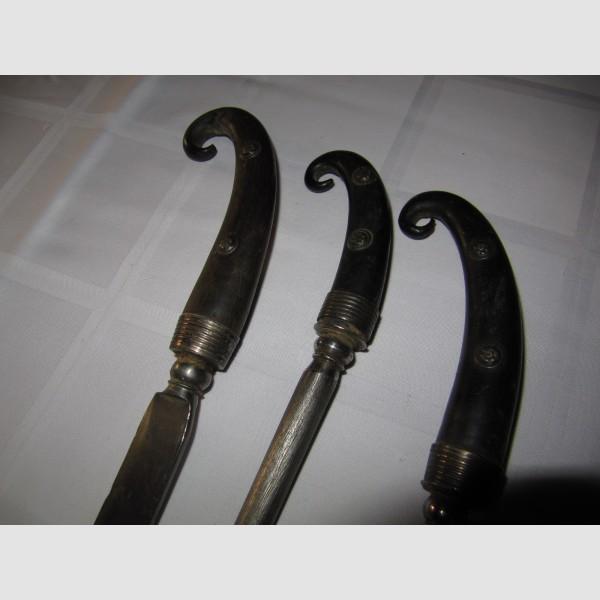 Fuhrmannbesteck 18. Jahrhundert Gämskrückengriffe Lederscheide Tracht Ranzen